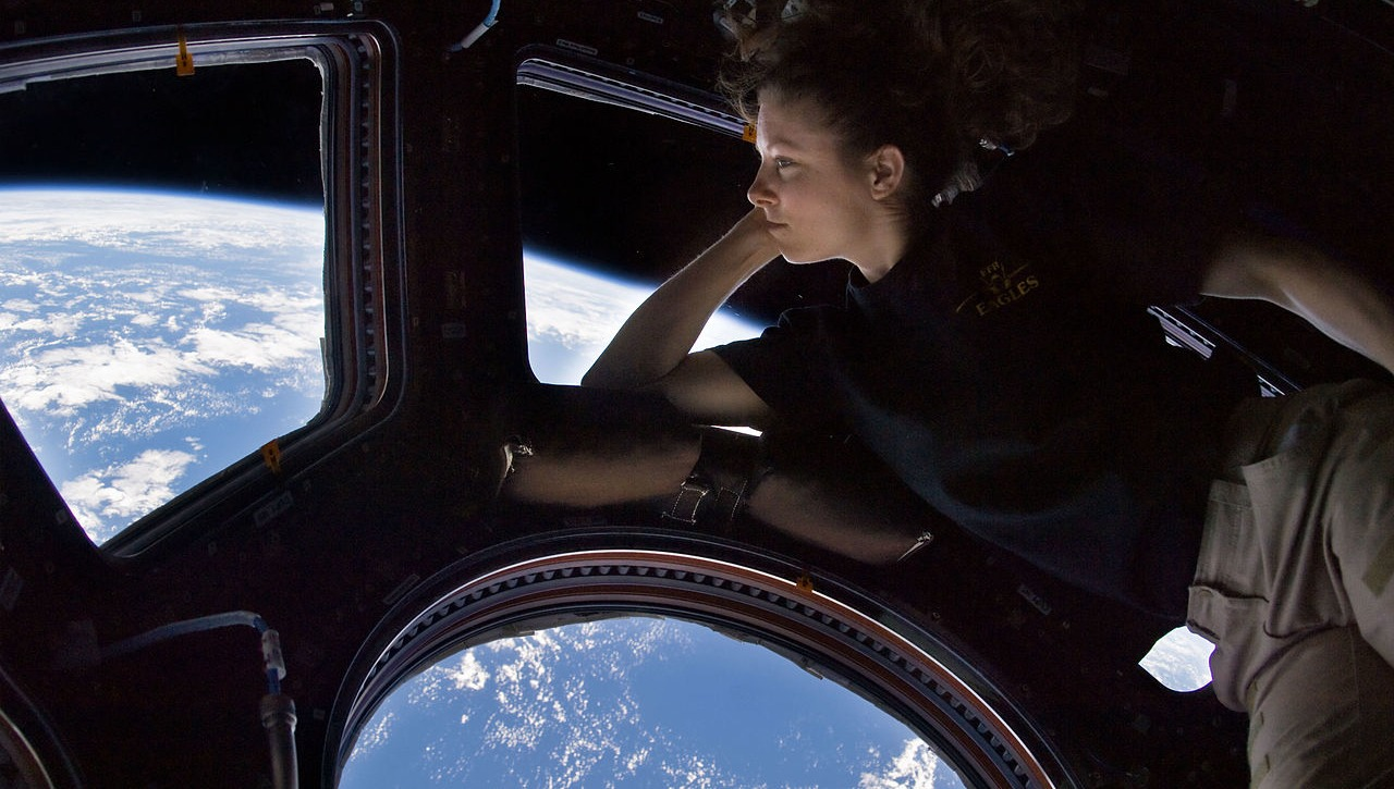 The Overview Effect: Why Astronauts Have Life-Changing Experiences in Space